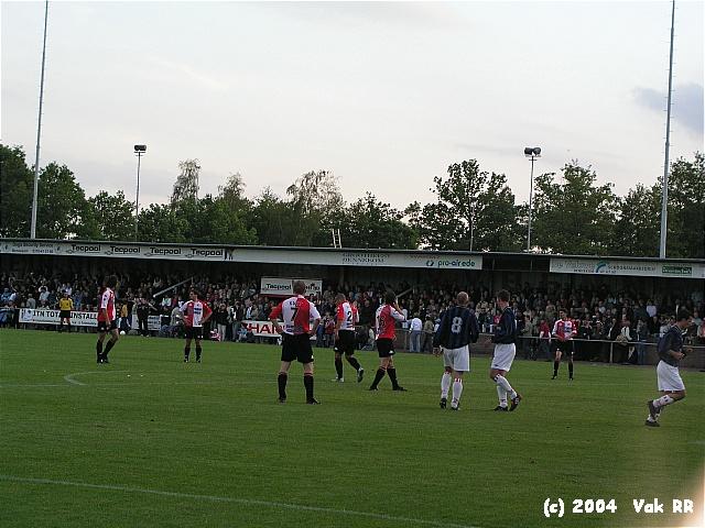 Bennekom - Feyenoord 1-9 25-05-2004 (13).JPG