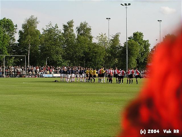 Bennekom - Feyenoord 1-9 25-05-2004 (32).JPG
