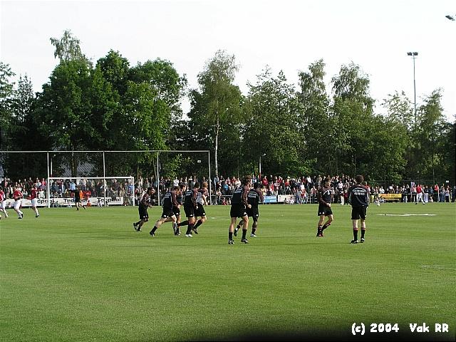 Bennekom - Feyenoord 1-9 25-05-2004 (64).JPG