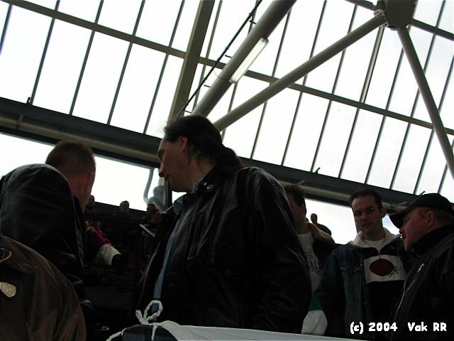 Feyenoord - 020 1-1 11-04-2004 (20).JPG