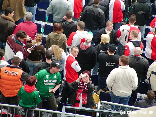 Feyenoord - 020 1-1 11-04-2004 (22).JPG