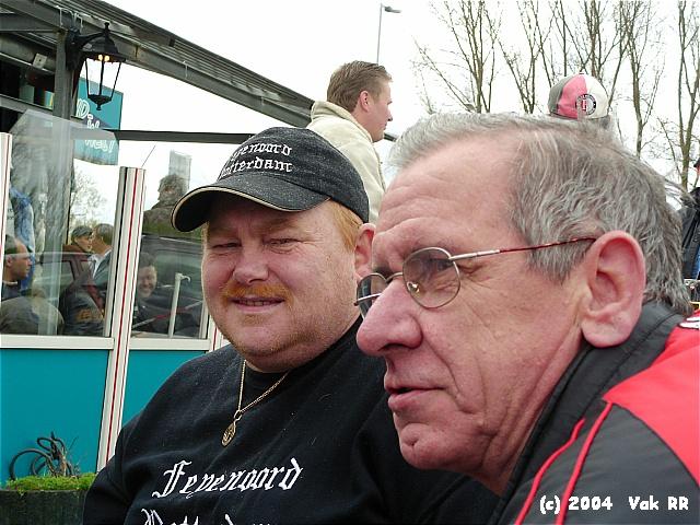 Feyenoord - 020 1-1 11-04-2004 (29).JPG