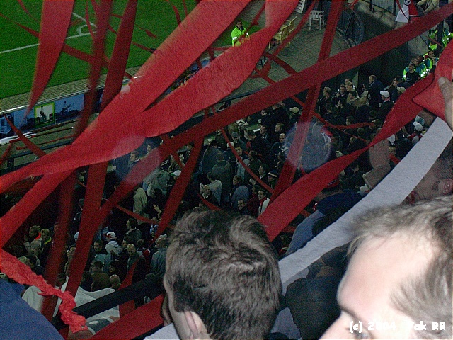Feyenoord - Hearts 3-0 21-10-2004 (44).JPG