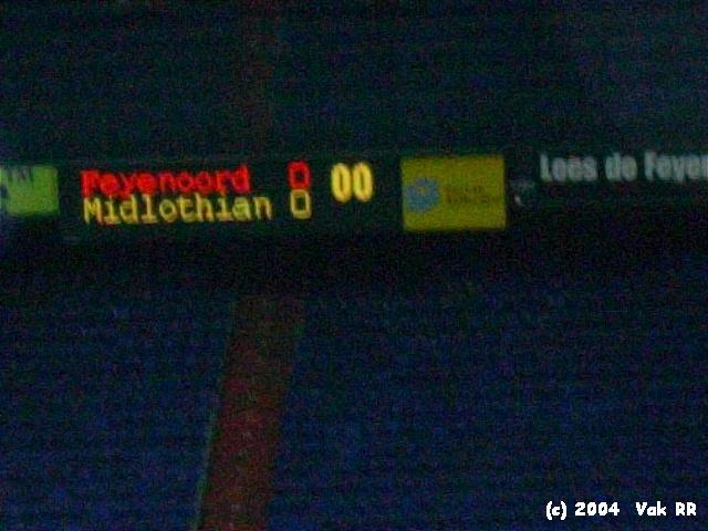 Feyenoord - Hearts 3-0 21-10-2004 (47).JPG
