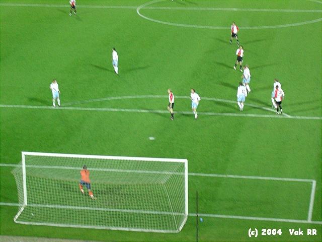 Feyenoord - Hearts 3-0 21-10-2004 (5).JPG