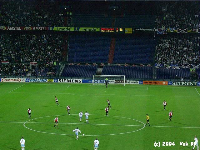 Feyenoord - Hearts 3-0 21-10-2004 (6).JPG