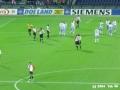 Feyenoord - Hearts 3-0 21-10-2004 (22).JPG