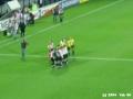 Feyenoord - Hearts 3-0 21-10-2004 (38).JPG