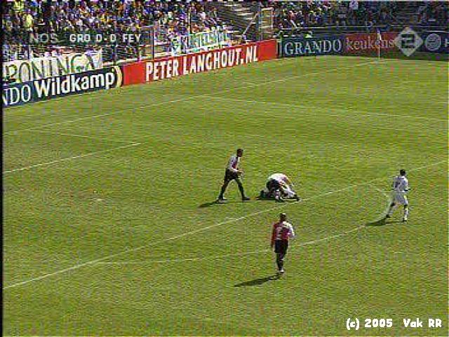 Groningen - Feyenooord 0-2 24-04-2005 (11).JPG