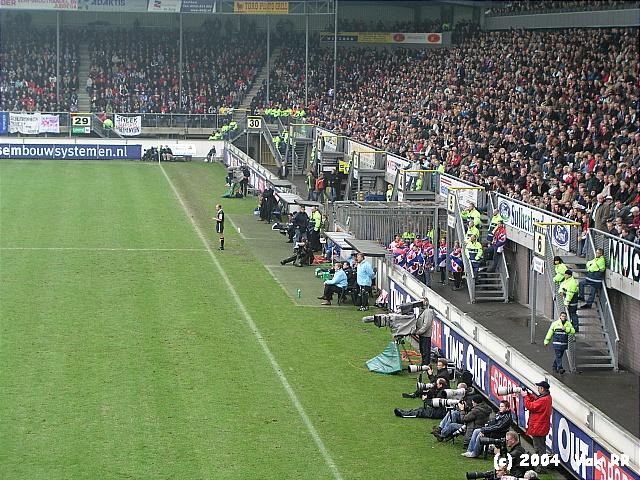 Heerenveen - Feyenoord 2-2 28-11-2004 (22).JPG