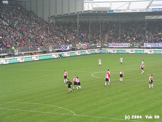 Heerenveen - Feyenoord 2-2 28-11-2004 (28).JPG