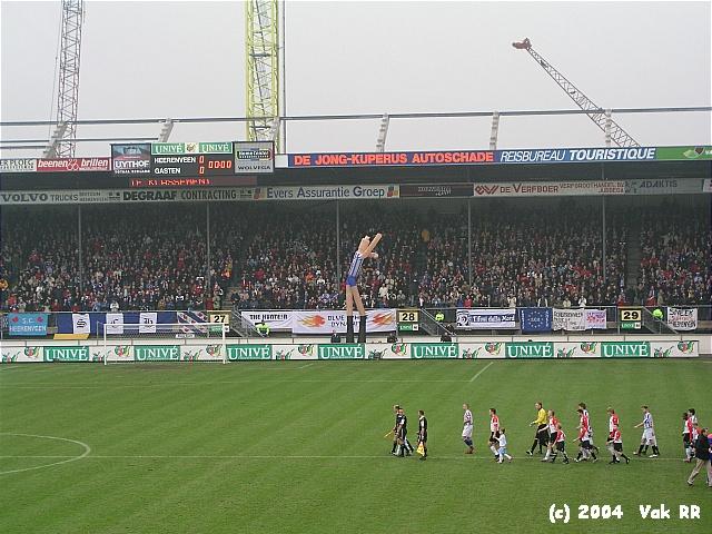 Heerenveen - Feyenoord 2-2 28-11-2004 (30).JPG