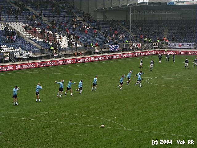 Heerenveen - Feyenoord 2-2 28-11-2004 (34).JPG