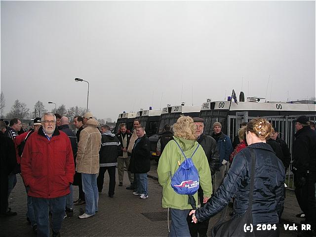 Heerenveen - Feyenoord 2-2 28-11-2004 (37).JPG