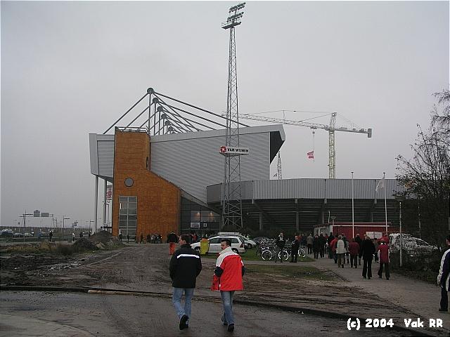 Heerenveen - Feyenoord 2-2 28-11-2004 (39).JPG