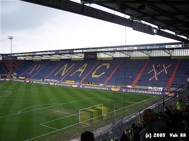 NAC Breda - Feyenoord 0-2 10-04-2005 (21).JPG