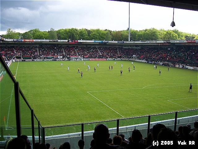 NEC - Feyenoord 2-0 08-05-2005 (15).JPG