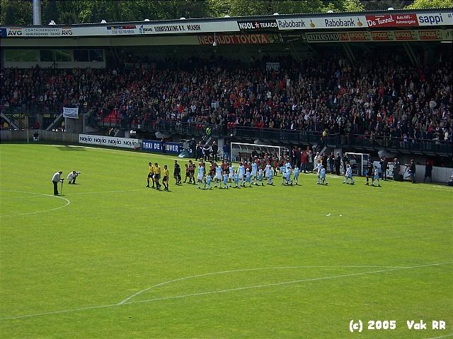 NEC - Feyenoord 2-0 08-05-2005 (30).JPG
