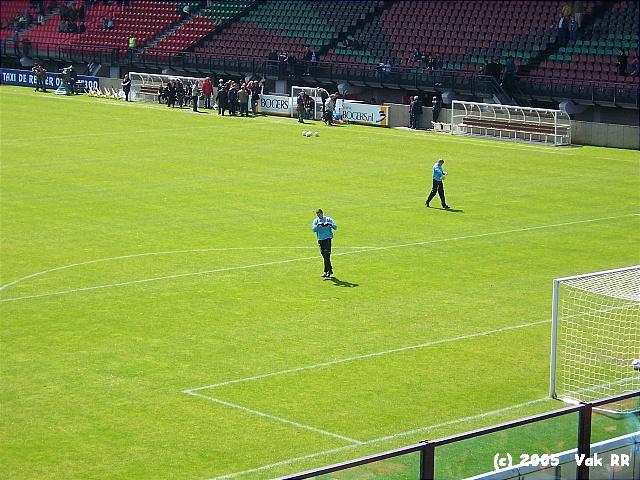 NEC - Feyenoord 2-0 08-05-2005 (38).JPG