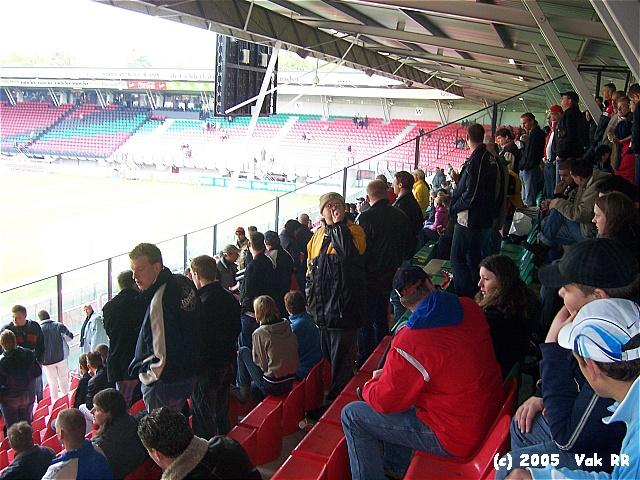 NEC - Feyenoord 2-0 08-05-2005 (44).JPG
