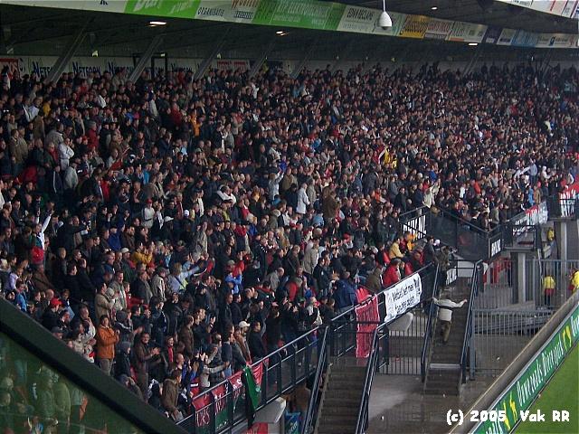NEC - Feyenoord 2-0 08-05-2005 (7).JPG