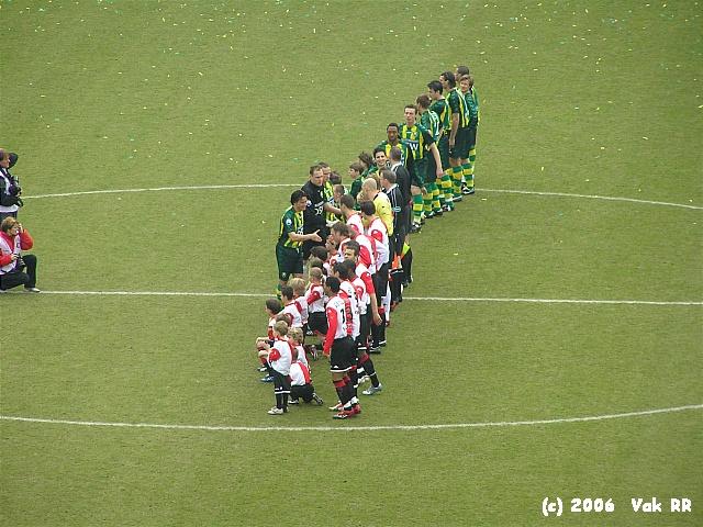 Feyenoord - Ado den Haag 0-2 26-03-2006 (26).JPG