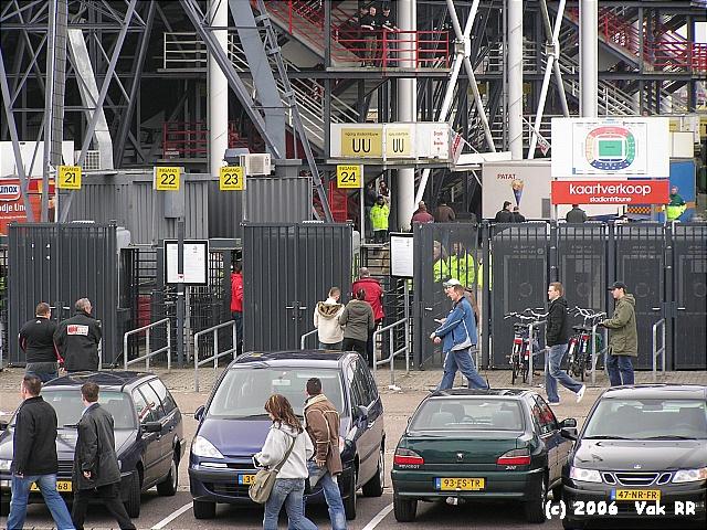Feyenoord - Ado den Haag 0-2 26-03-2006 (32).JPG