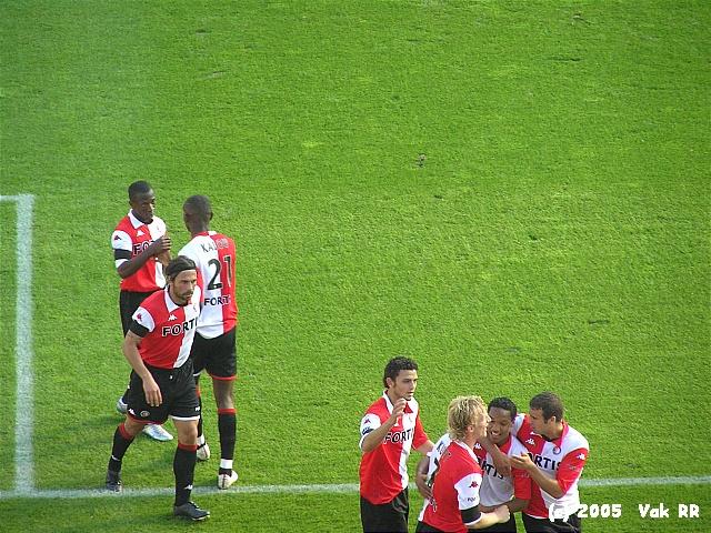 Feyenoord - FC Groningen 4-1 16-10-2005 (24).JPG