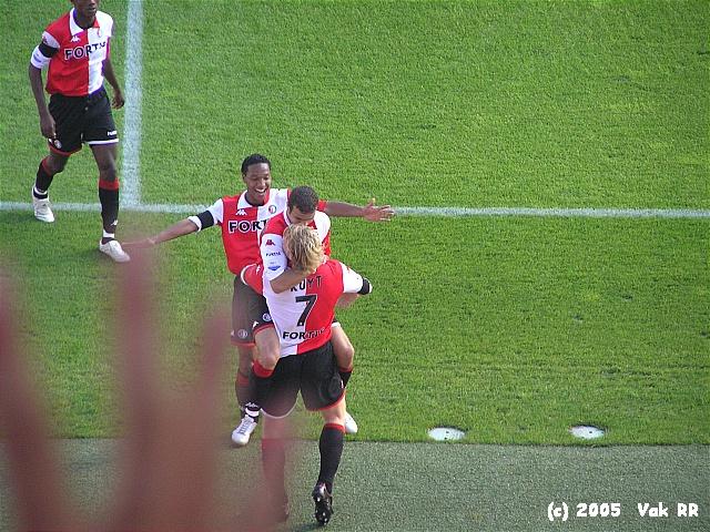 Feyenoord - FC Groningen 4-1 16-10-2005 (25).JPG