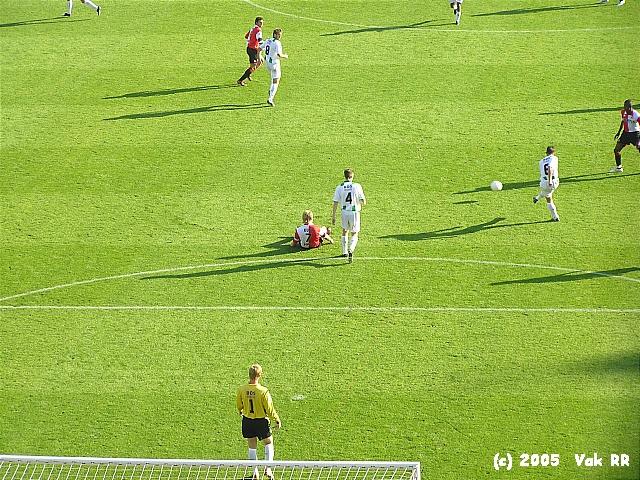 Feyenoord - FC Groningen 4-1 16-10-2005 (27).JPG