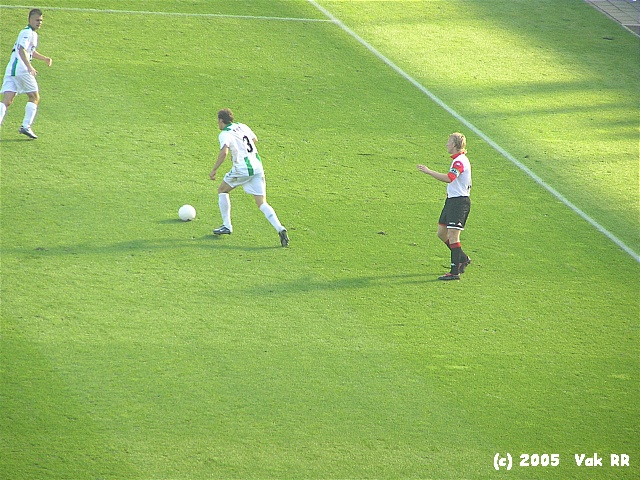 Feyenoord - FC Groningen 4-1 16-10-2005 (33).JPG