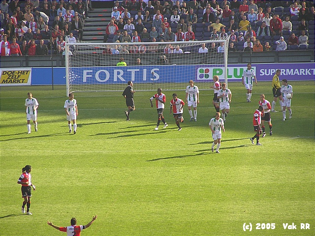 Feyenoord - FC Groningen 4-1 16-10-2005 (43).JPG