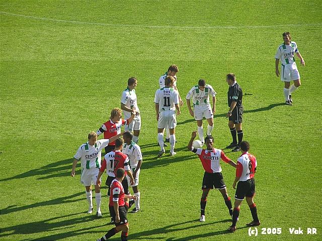 Feyenoord - FC Groningen 4-1 16-10-2005 (51).JPG