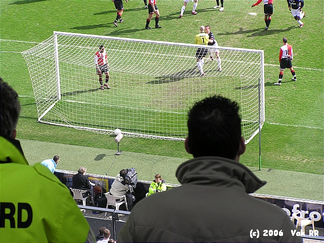 Feyenoord - FC Twente 4-2 02-04-2006 (16).JPG