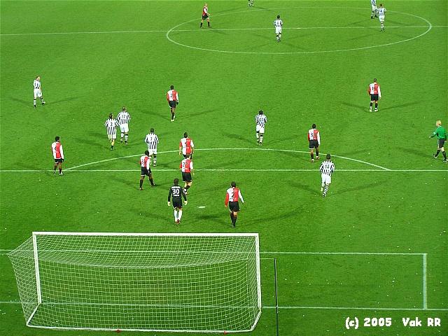 Feyenoord - Heracles 7-1 27-11-2005 (15).JPG