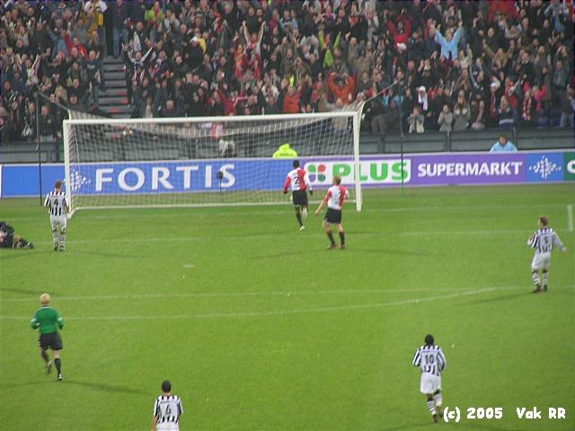 Feyenoord - Heracles 7-1 27-11-2005 (29).JPG