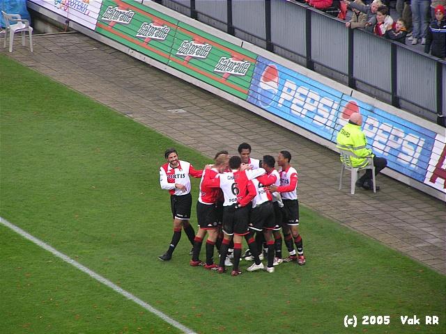 Feyenoord - Heracles 7-1 27-11-2005 (37).JPG