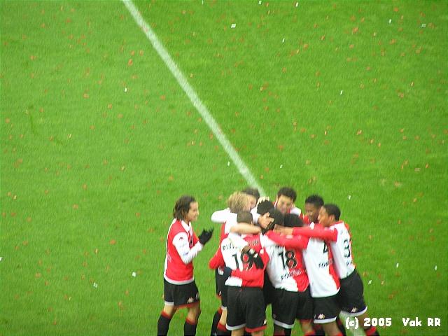 Feyenoord - Heracles 7-1 27-11-2005 (39).JPG