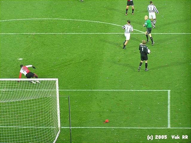Feyenoord - Heracles 7-1 27-11-2005 (47).JPG