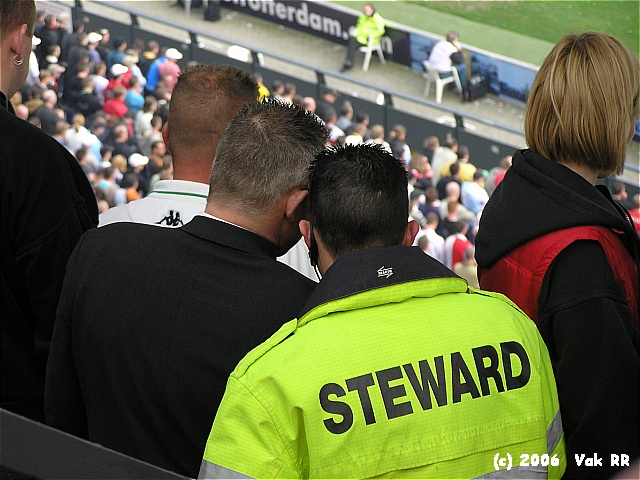 Feyenoord - RBC Roosendaal 2-0 16-04-2006 (26).JPG