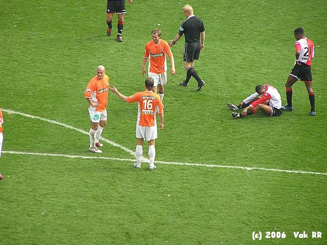 Feyenoord - RBC Roosendaal 2-0 16-04-2006 (30).JPG