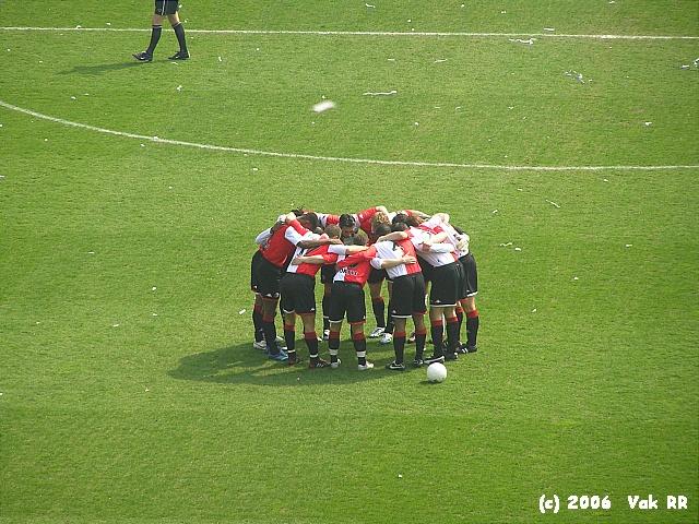 Feyenoord - RBC Roosendaal 2-0 16-04-2006 (41).JPG