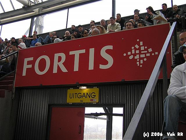 Feyenoord - RBC Roosendaal 2-0 16-04-2006 (49).JPG