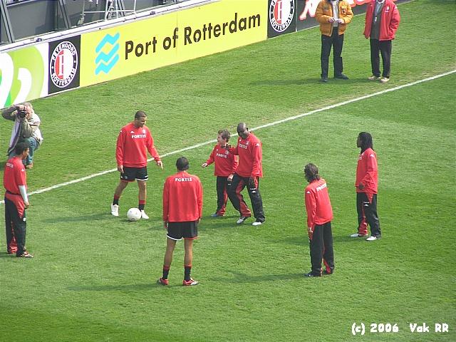 Feyenoord - RBC Roosendaal 2-0 16-04-2006 (52).JPG