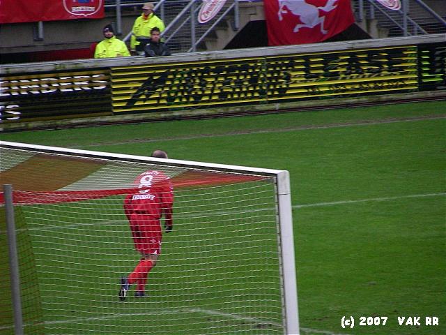 FC Twente - Feyenoord 3-0 11-02-2007 (15).JPG