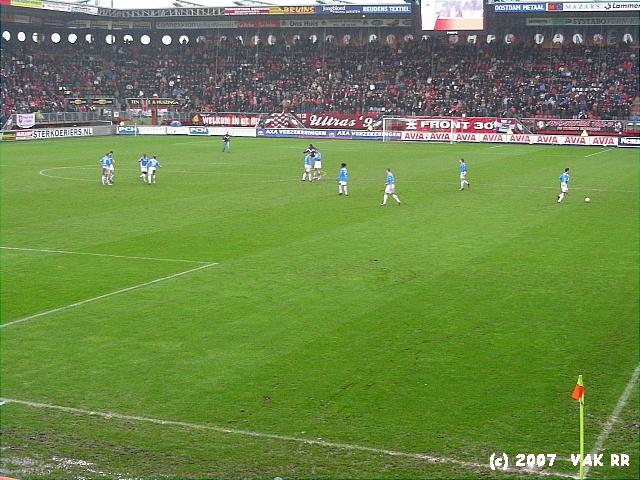 FC Twente - Feyenoord 3-0 11-02-2007 (18).JPG