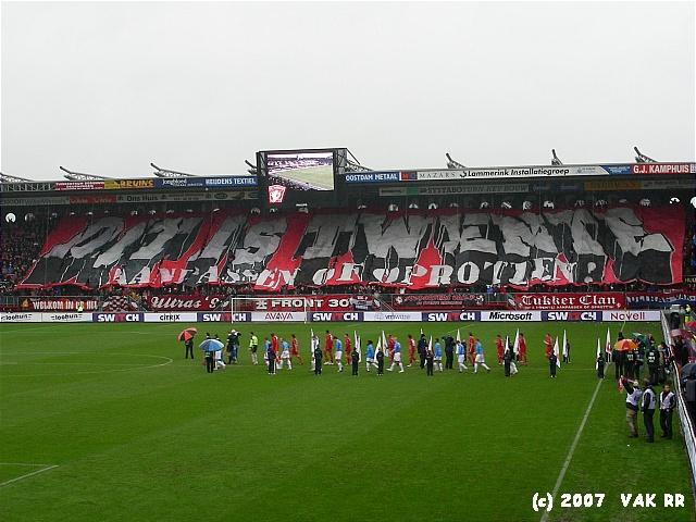 FC Twente - Feyenoord 3-0 11-02-2007 (38).JPG