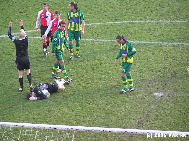 Feyenoord - ADO den haag 3-1 10-12-2006 (23).JPG