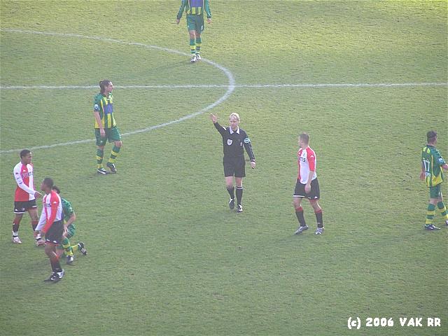 Feyenoord - ADO den haag 3-1 10-12-2006 (45).JPG