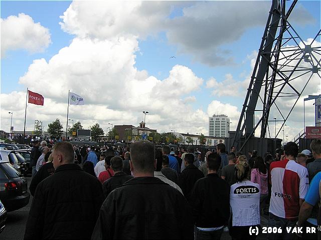 Feyenoord - Heracles 0-0 27-08-2006 (1).JPG